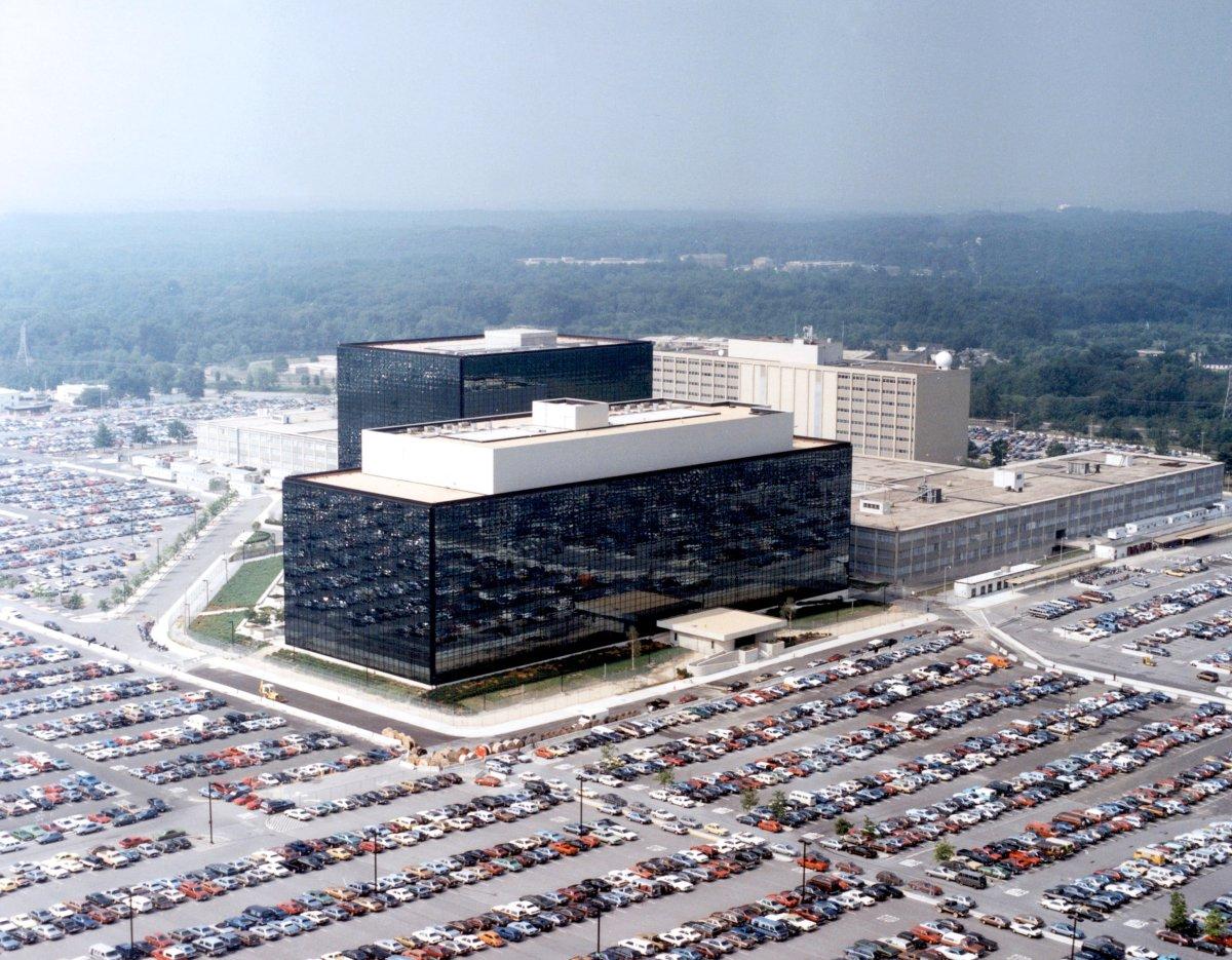 Wir ziehen in denCyber-Krieg!
